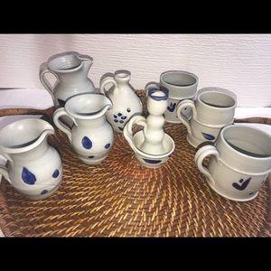 Williamsburg pottery bundle of 8.